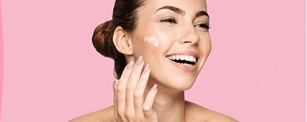 Comment bien hydrater ma peau sèche ?